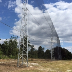 PZ&W tower designs have many uses – here they are supporting protective netting at a golf course,